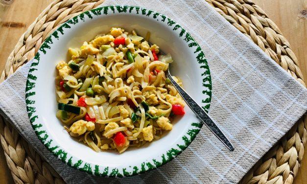 Chinese mie met ei en groenten