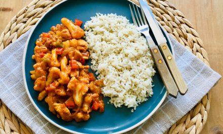 Kip tandoori met bloemkool en paprika