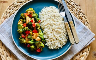 Kip teriyaki met broccoli en paprika
