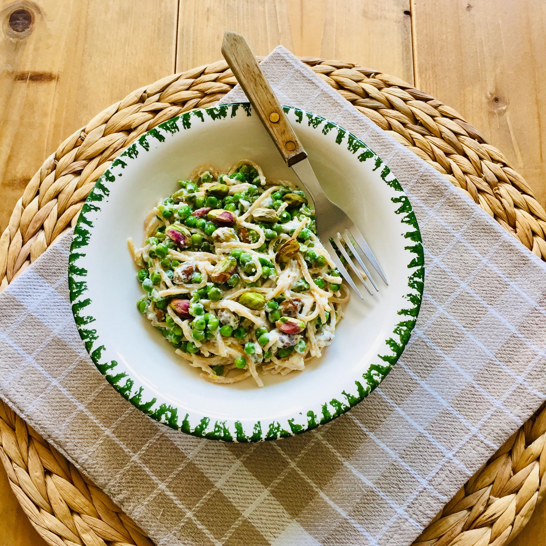 Pasta ricotta citroen met doperwten en pistache noten