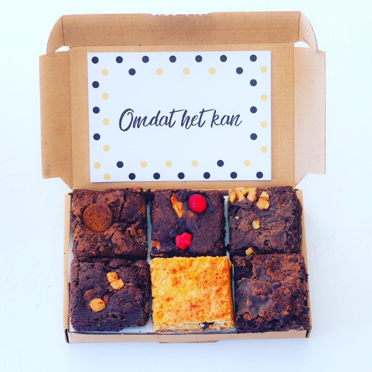 Brownies per post bestellen by Hello Brownies